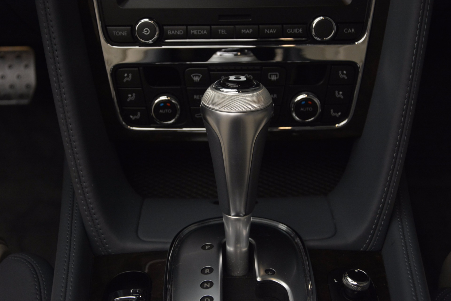 Used 2014 Bentley Continental GT V8 S Convertible  For Sale In Westport, CT 600_p40