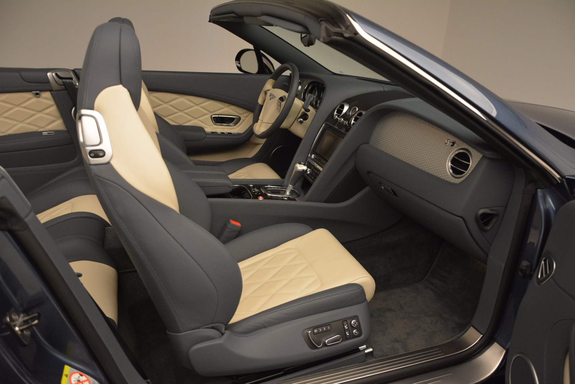 Used 2014 Bentley Continental GT V8 S Convertible  For Sale In Westport, CT 600_p44