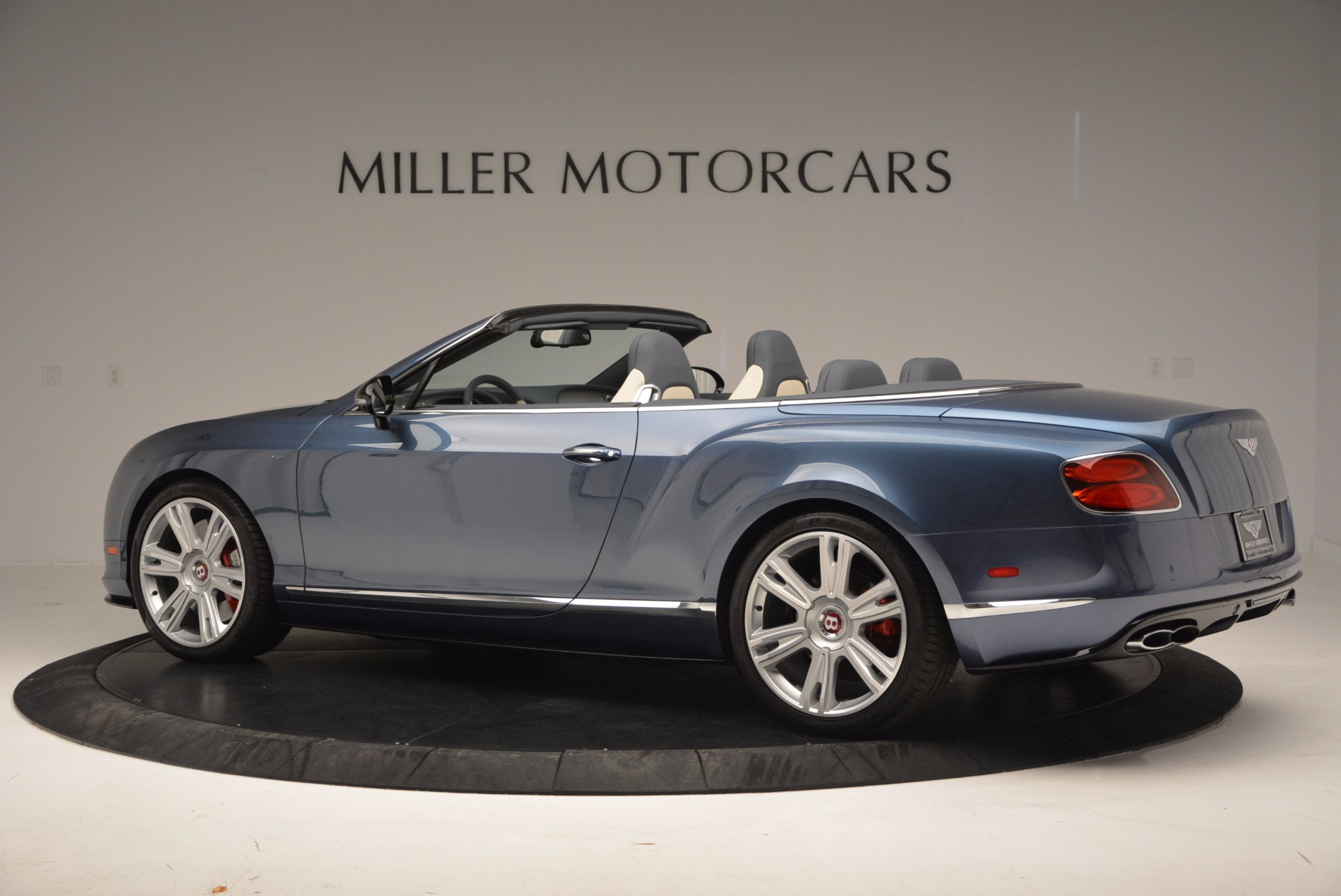 Used 2014 Bentley Continental GT V8 S Convertible  For Sale In Westport, CT 600_p4