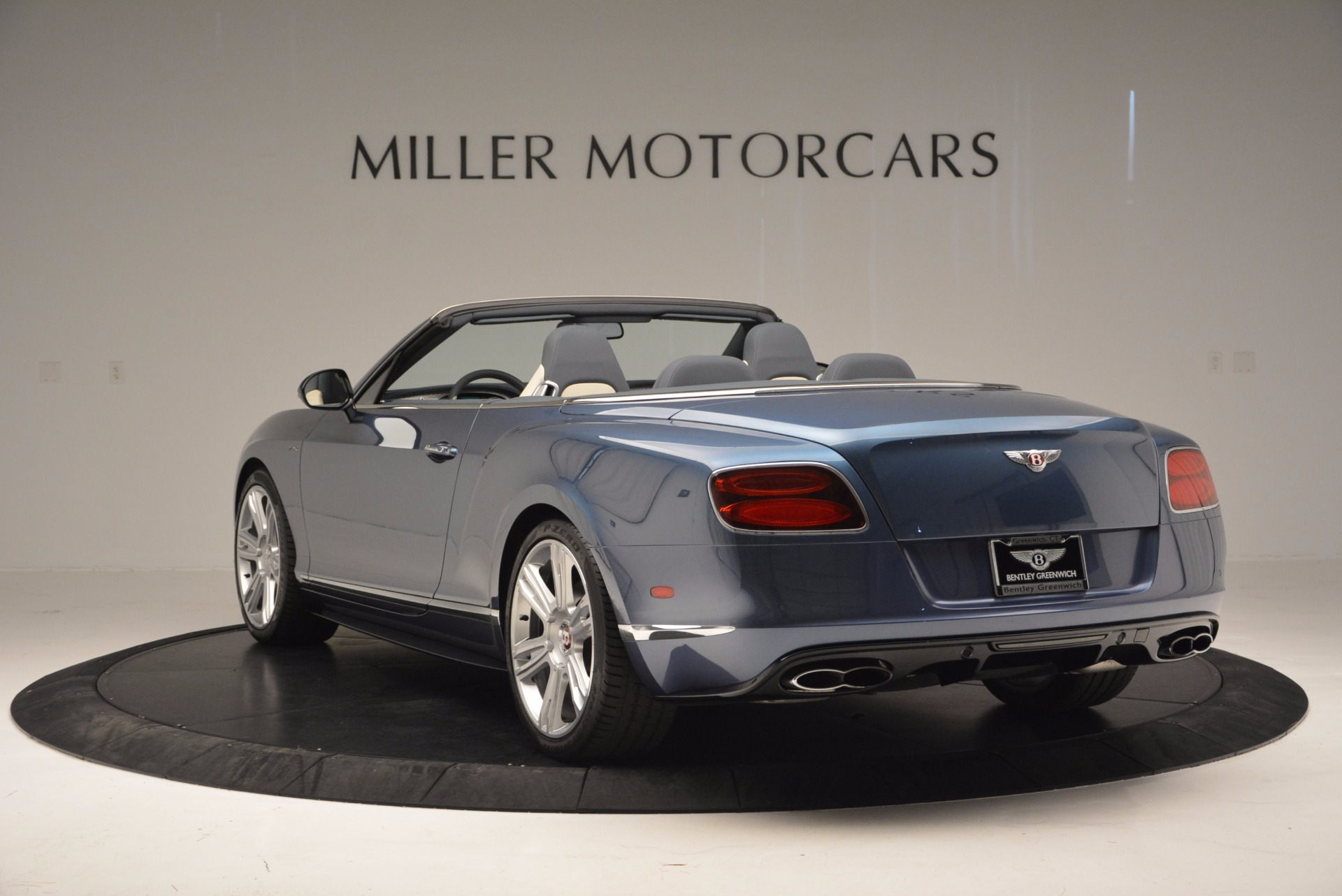 Used 2014 Bentley Continental GT V8 S Convertible  For Sale In Westport, CT 600_p5