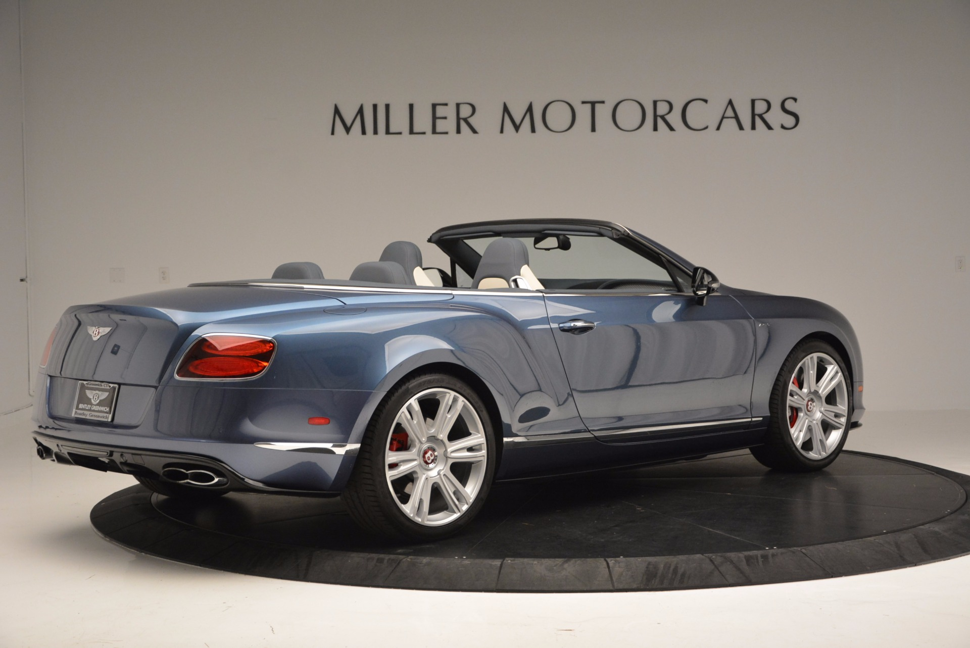 Used 2014 Bentley Continental GT V8 S Convertible  For Sale In Westport, CT 600_p8