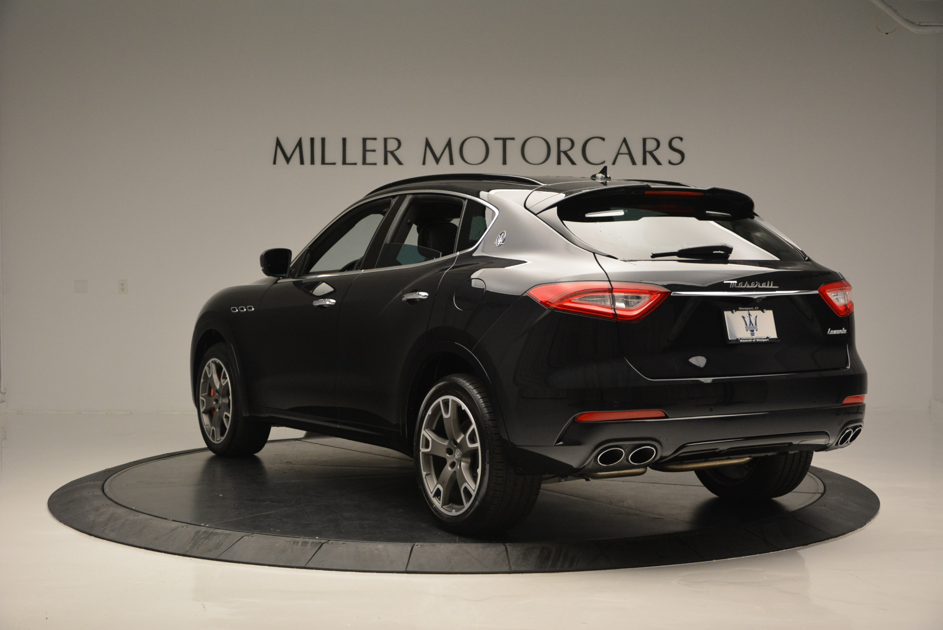 New 2017 Maserati Levante  For Sale In Westport, CT 609_p5