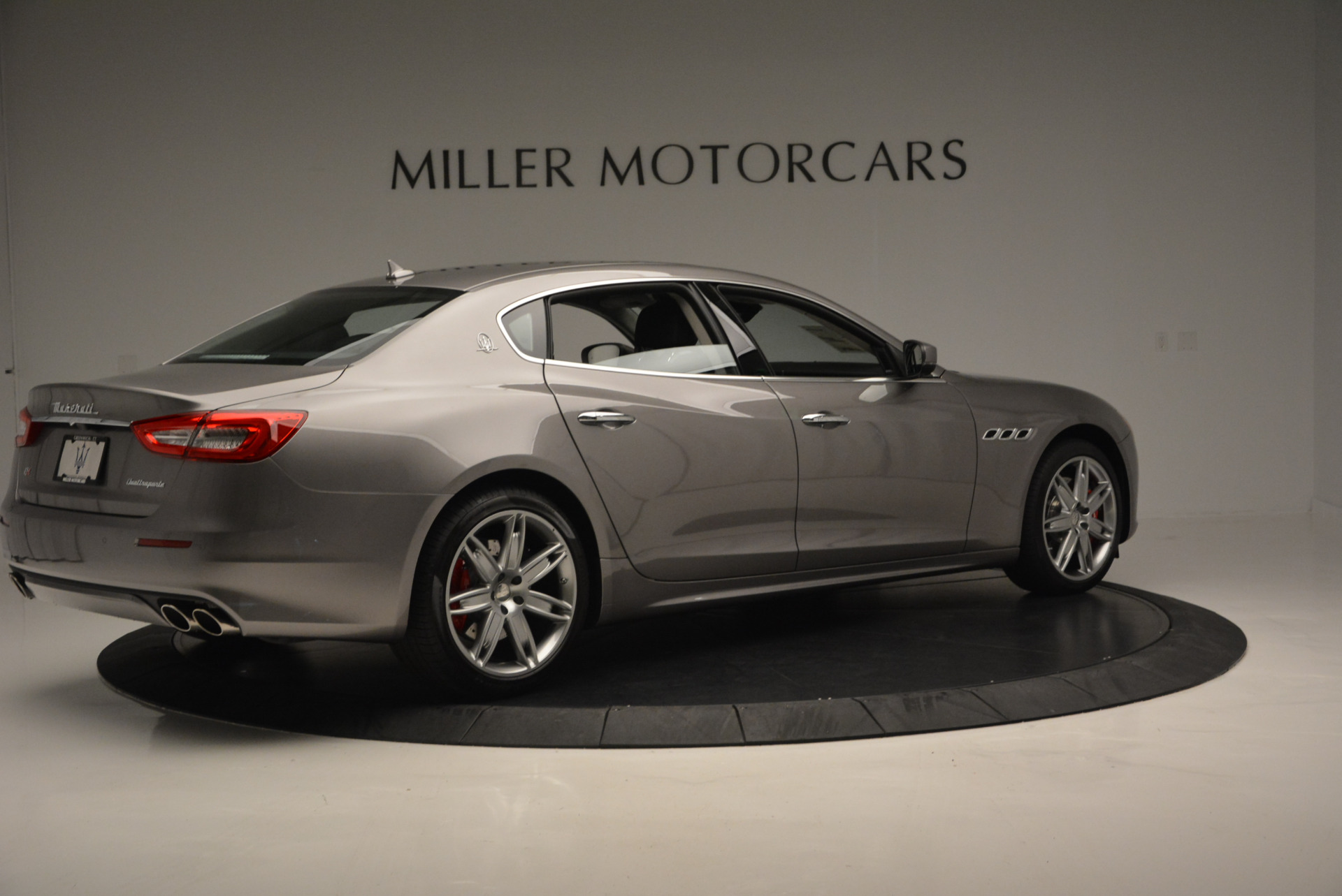 New 2017 Maserati Quattroporte S Q4 GranLusso For Sale In Westport, CT 611_p8