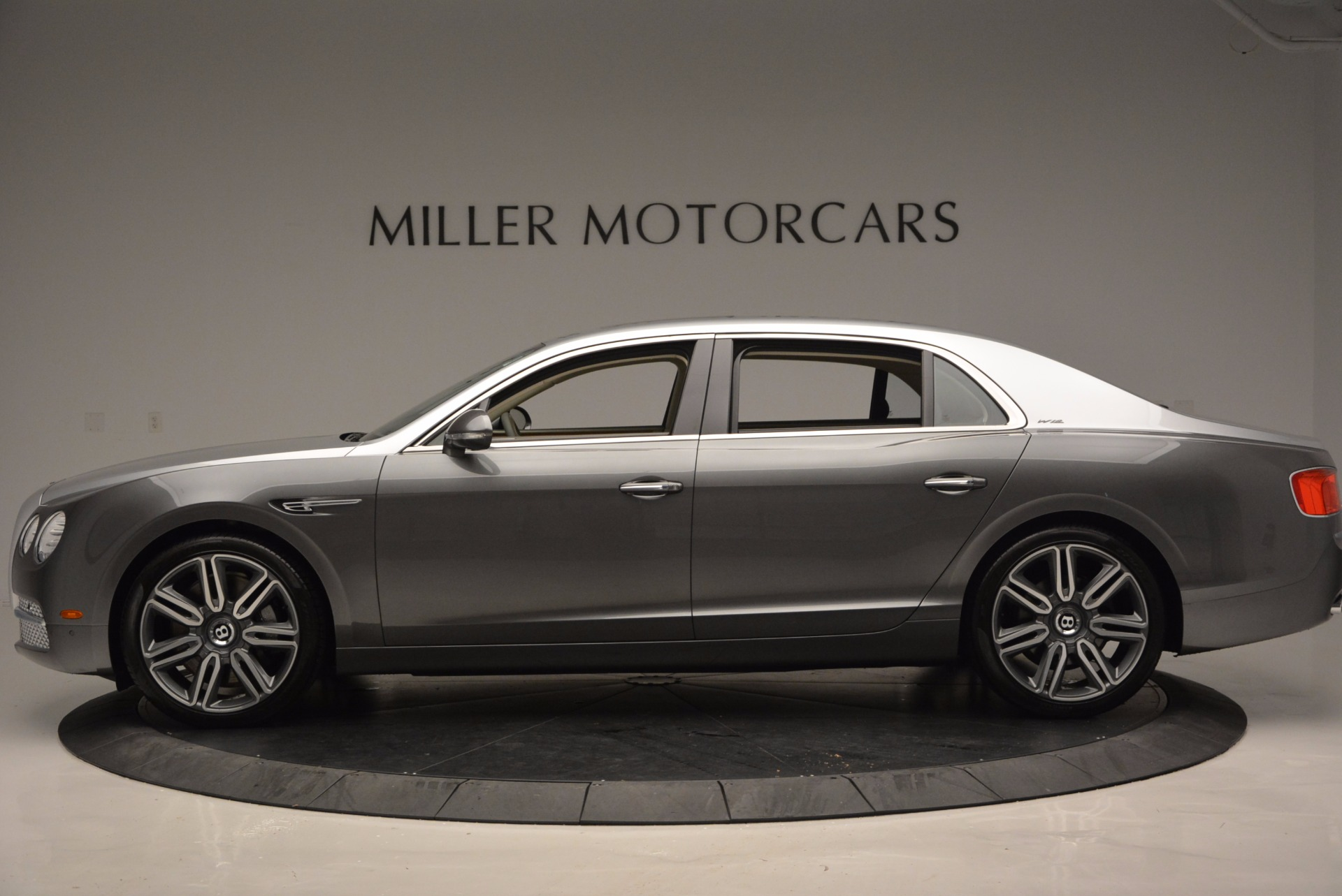 Used 2016 Bentley Flying Spur W12  For Sale In Westport, CT 617_p3
