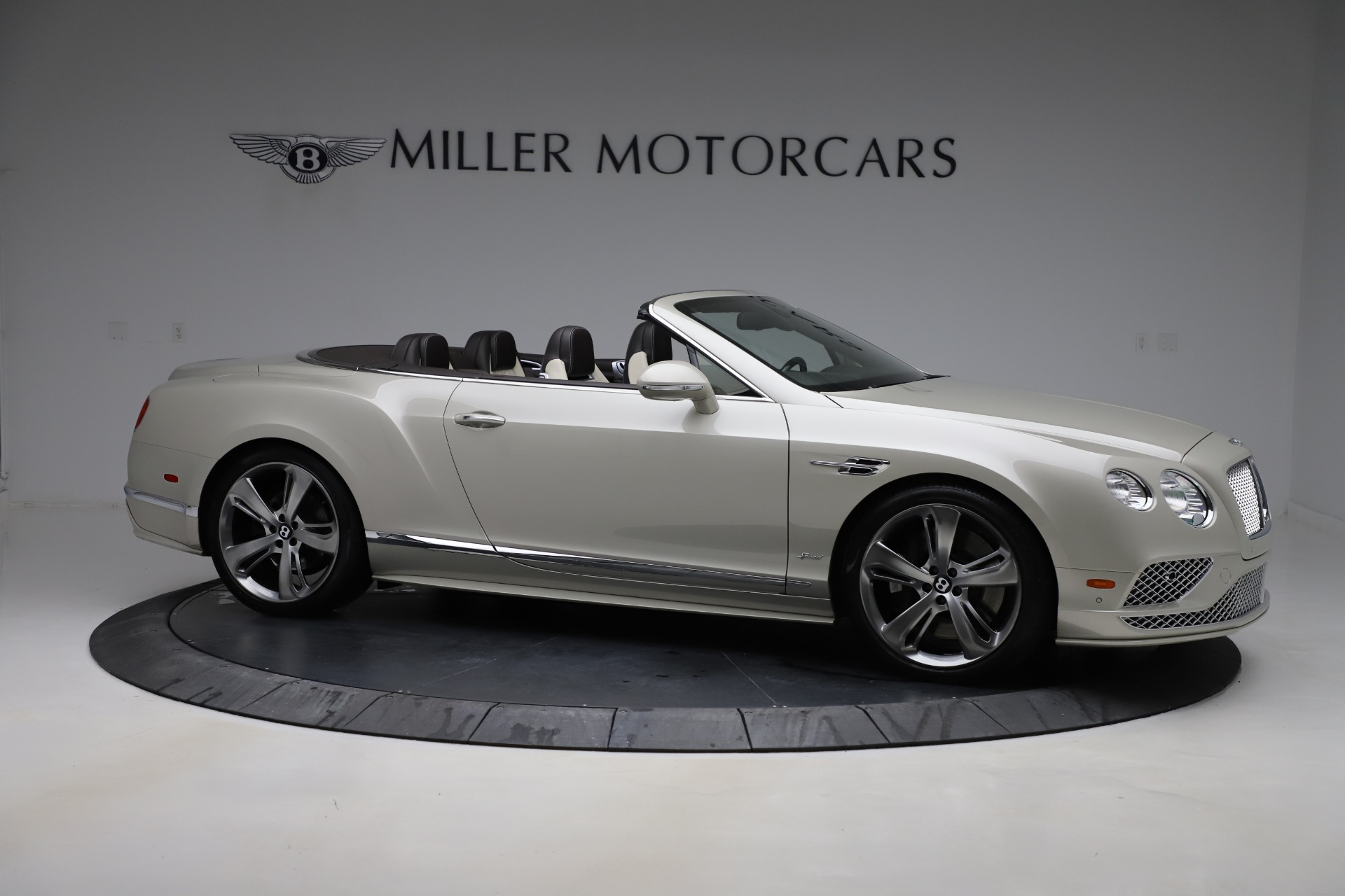 Used 2016 Bentley Continental GT Speed Convertible  For Sale In Westport, CT 619_p11