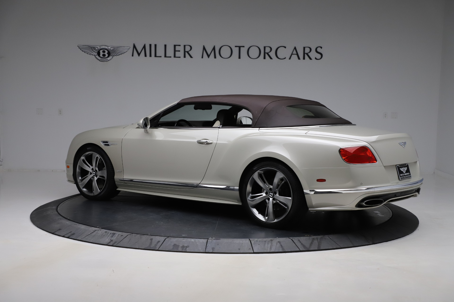 Used 2016 Bentley Continental GT Speed Convertible  For Sale In Westport, CT 619_p16