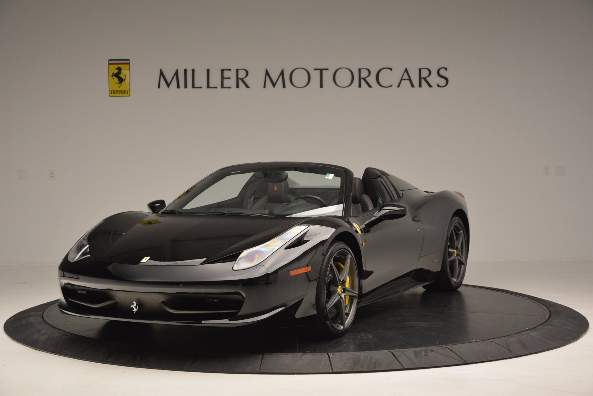 Used 2014 Ferrari 458 Spider  For Sale In Westport, CT 620_main