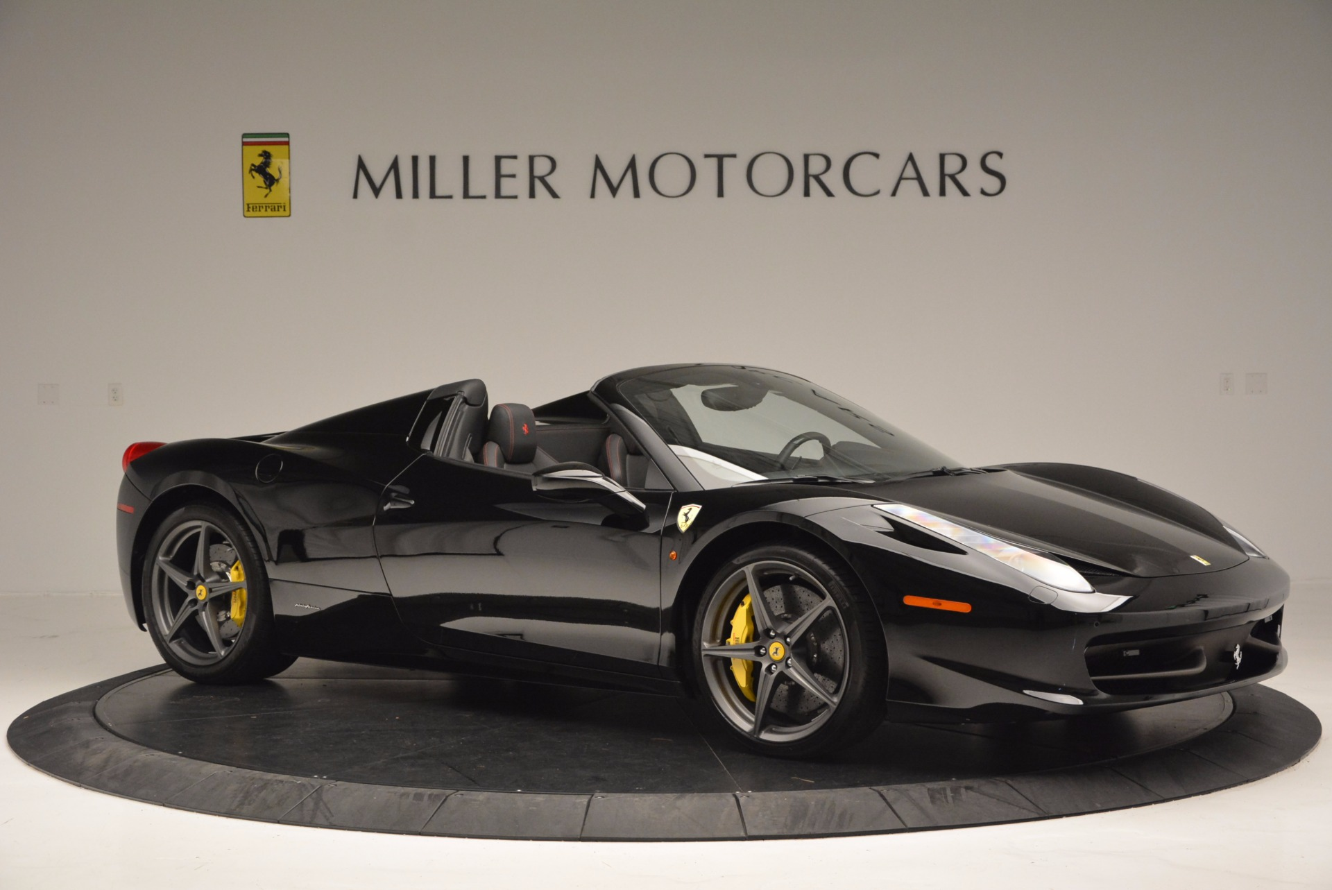 Used 2014 Ferrari 458 Spider  For Sale In Westport, CT 620_p10