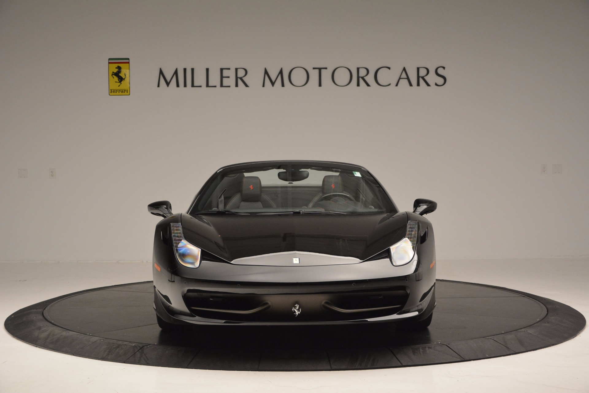 Used 2014 Ferrari 458 Spider  For Sale In Westport, CT 620_p12