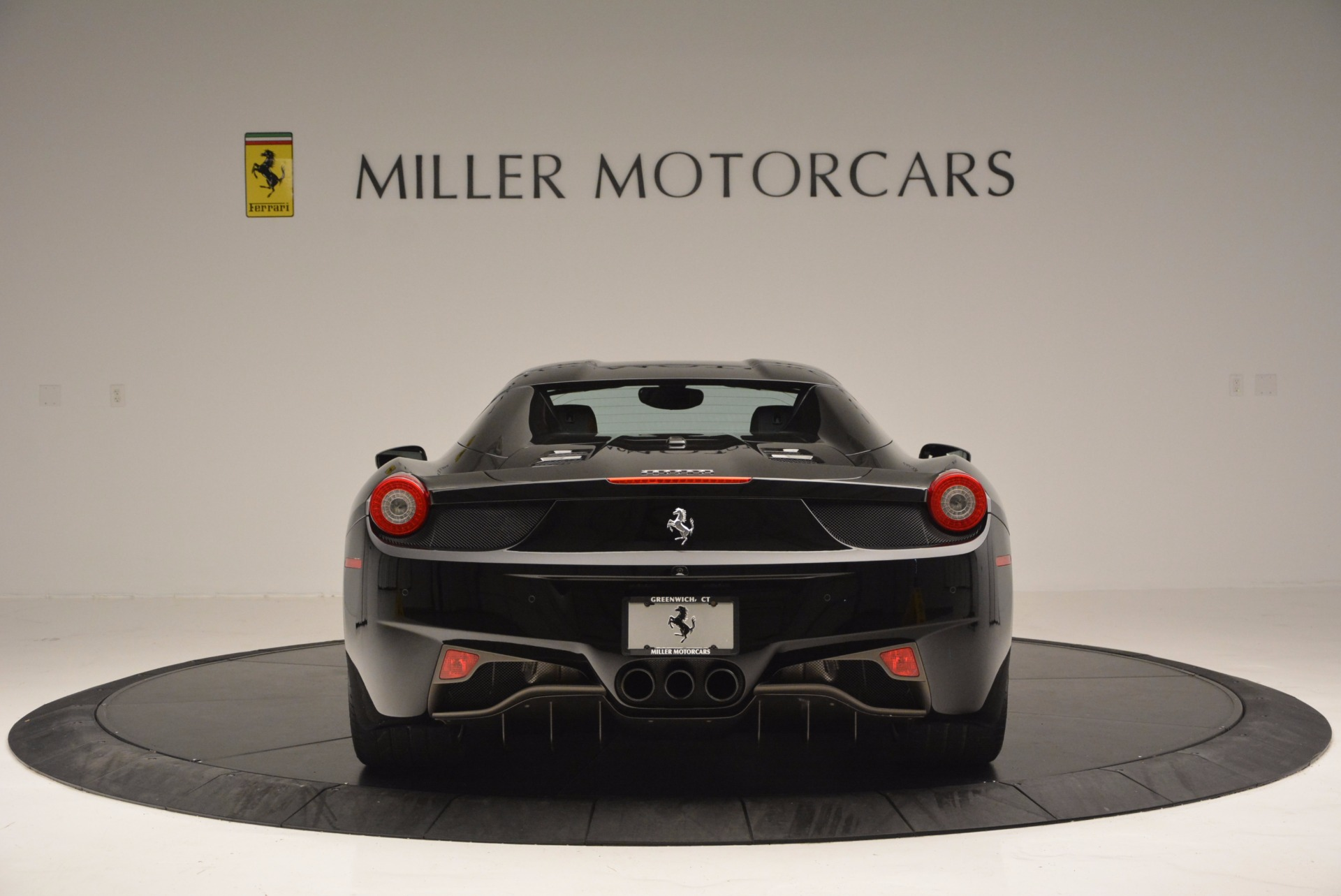 Used 2014 Ferrari 458 Spider  For Sale In Westport, CT 620_p18