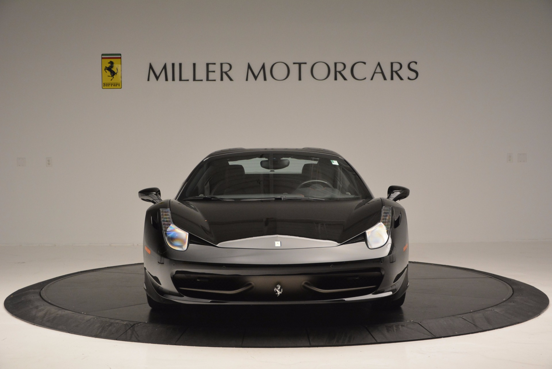 Used 2014 Ferrari 458 Spider  For Sale In Westport, CT 620_p24