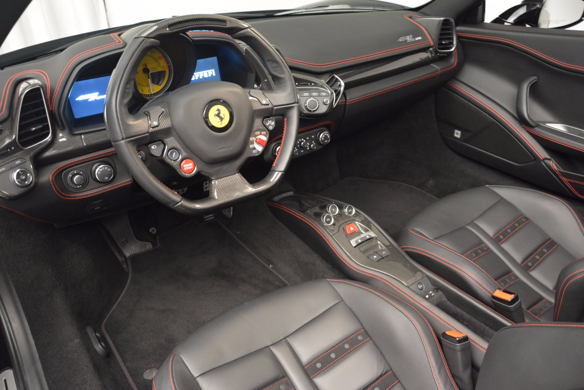 Used 2014 Ferrari 458 Spider  For Sale In Westport, CT 620_p25