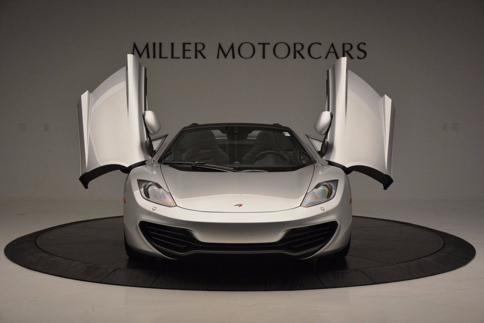 Used 2014 McLaren MP4-12C Spider  For Sale In Westport, CT 627_p13