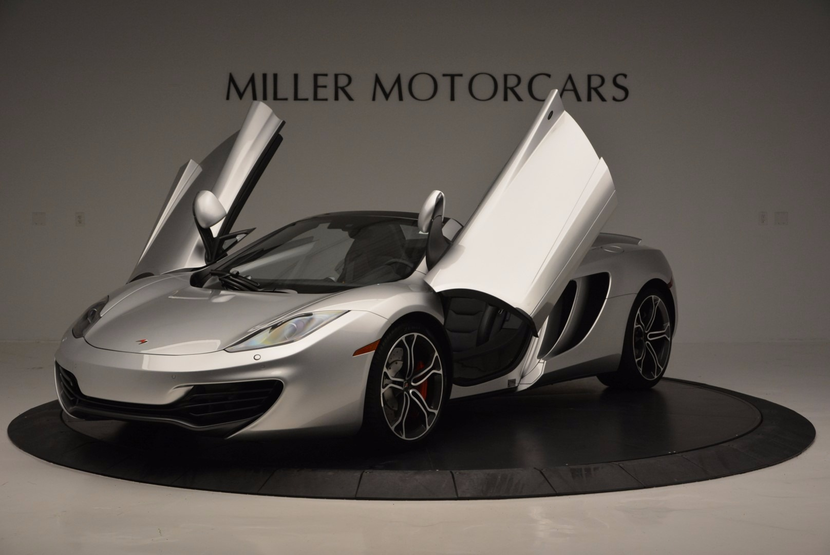 Used 2014 McLaren MP4-12C Spider  For Sale In Westport, CT 627_p14