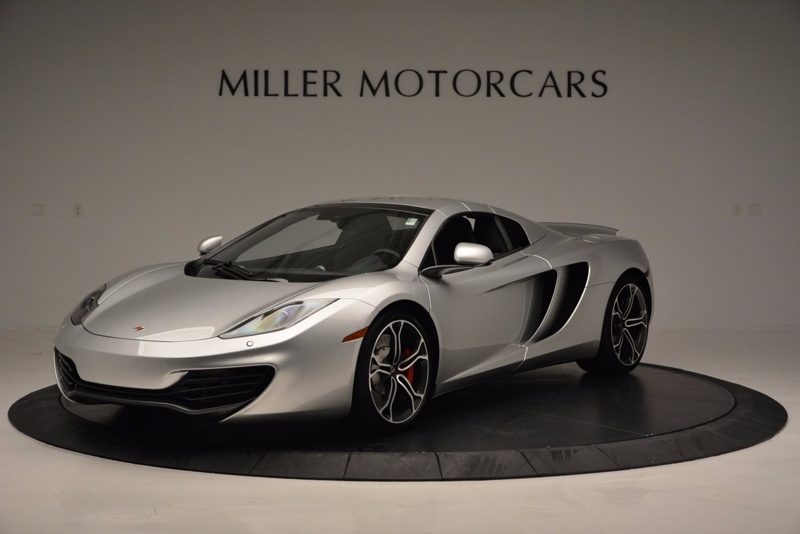 Used 2014 McLaren MP4-12C Spider  For Sale In Westport, CT 627_p15