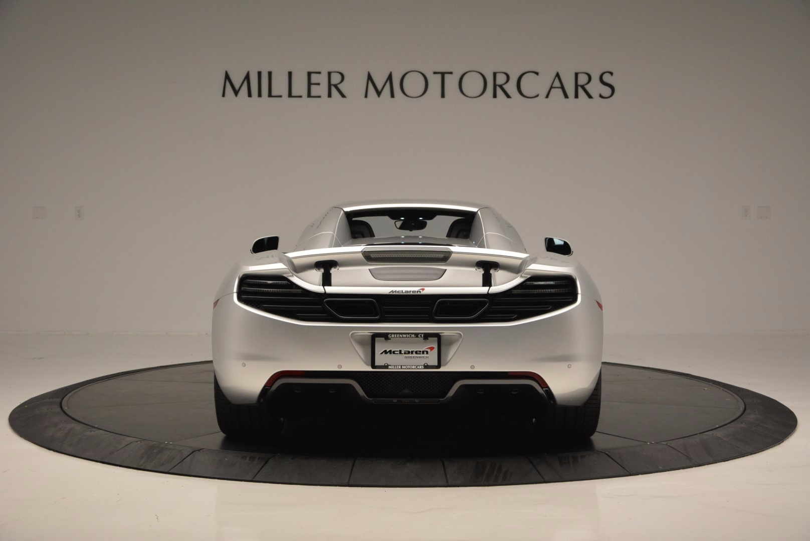 Used 2014 McLaren MP4-12C Spider  For Sale In Westport, CT 627_p18