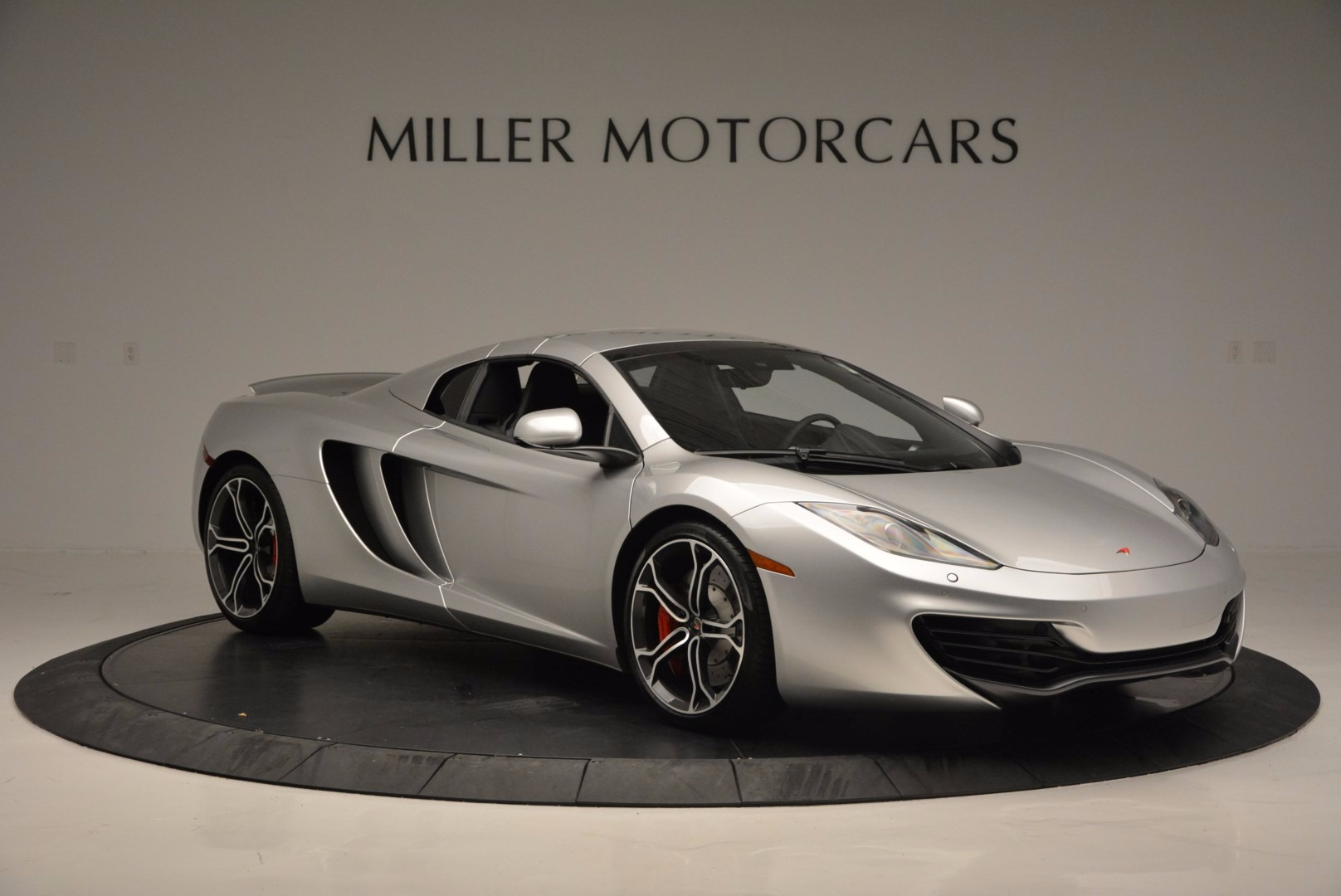 Used 2014 McLaren MP4-12C Spider  For Sale In Westport, CT 627_p21