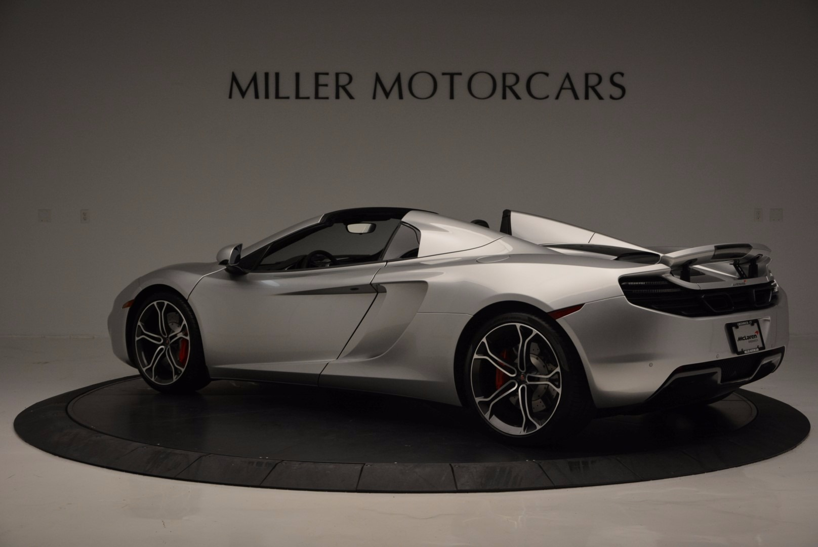 Used 2014 McLaren MP4-12C Spider  For Sale In Westport, CT 627_p4