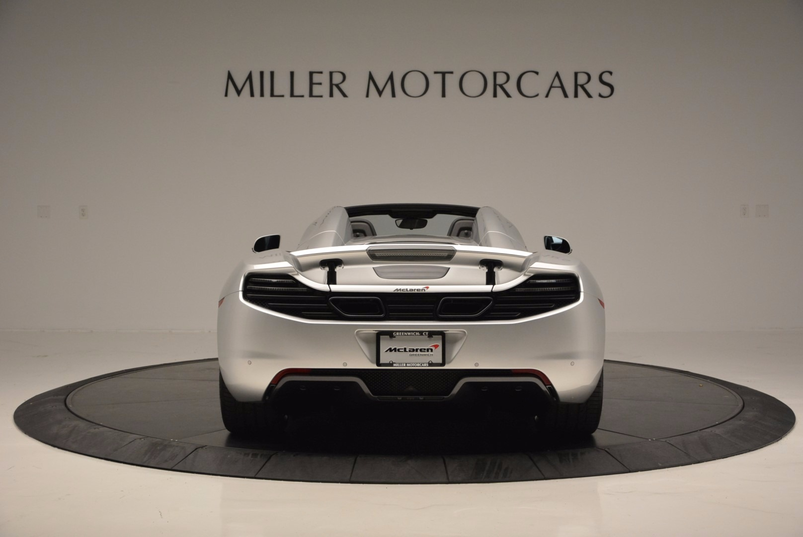 Used 2014 McLaren MP4-12C Spider  For Sale In Westport, CT 627_p6