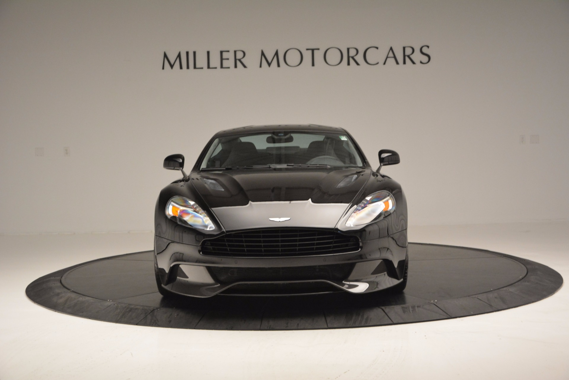 Used 2017 Aston Martin Vanquish Coupe For Sale In Westport, CT 638_p12