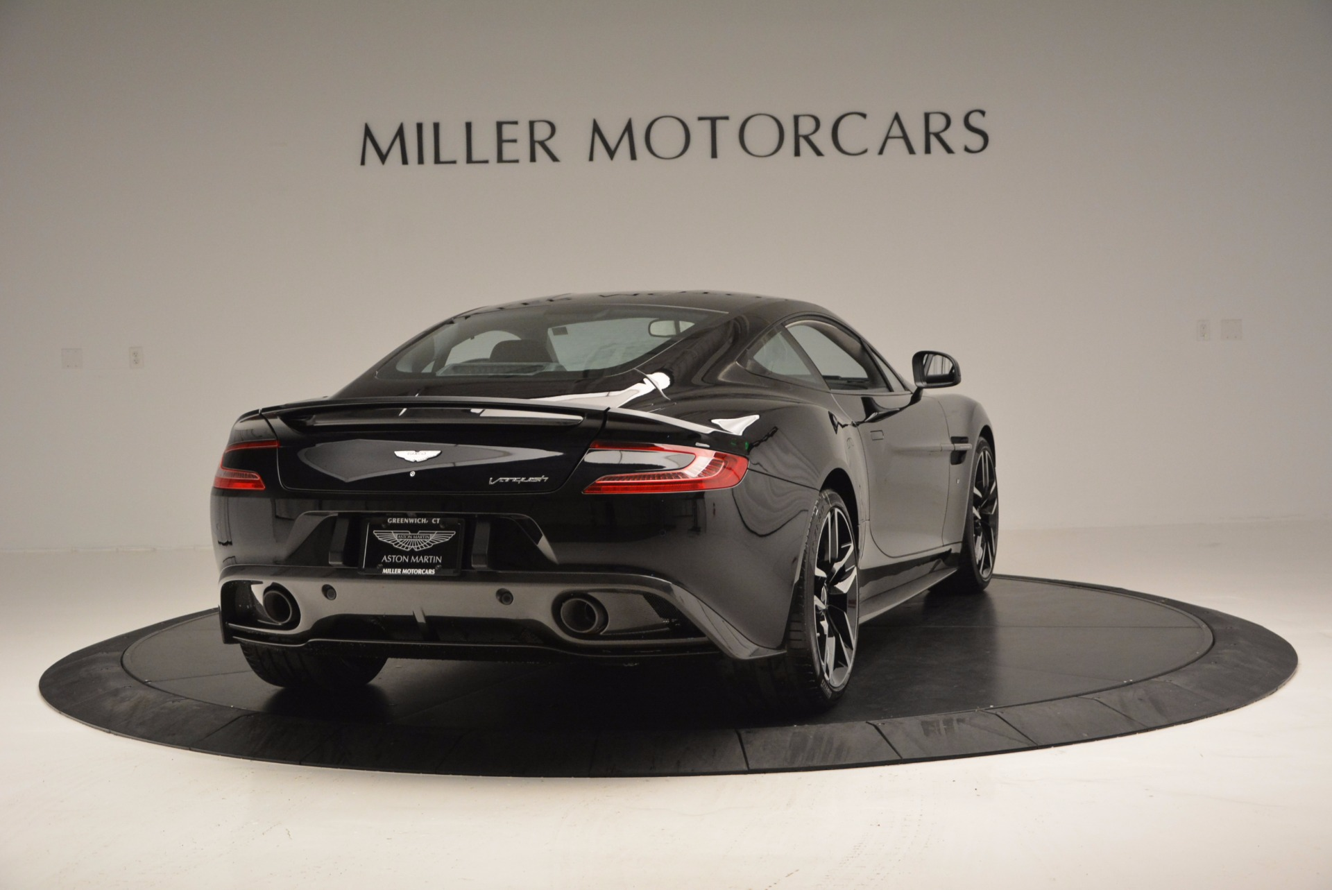 Used 2017 Aston Martin Vanquish Coupe For Sale In Westport, CT 638_p7