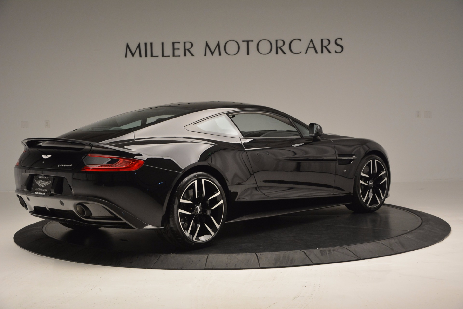 Used 2017 Aston Martin Vanquish Coupe For Sale In Westport, CT 638_p8