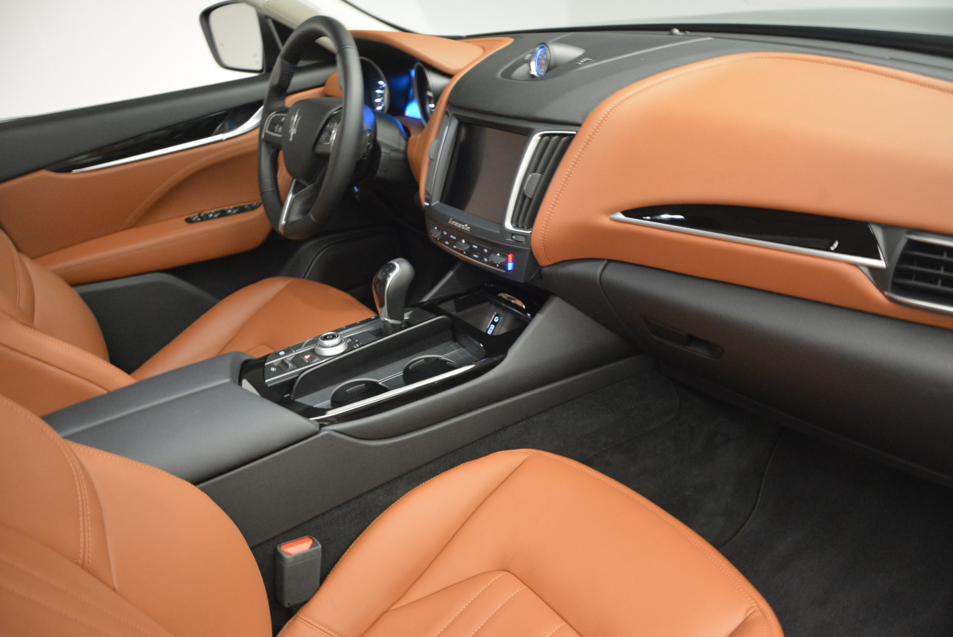 New 2017 Maserati Levante  For Sale In Westport, CT 641_p19