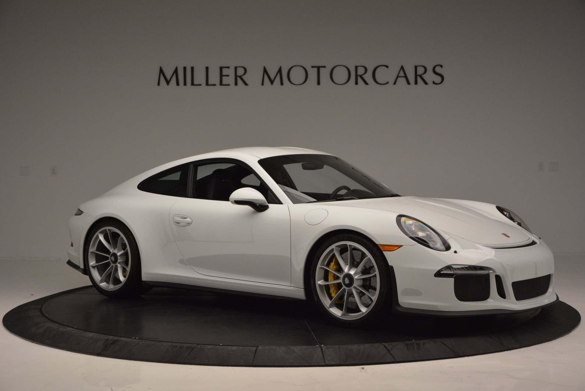 Used 2016 Porsche 911 R  For Sale In Westport, CT 643_p11