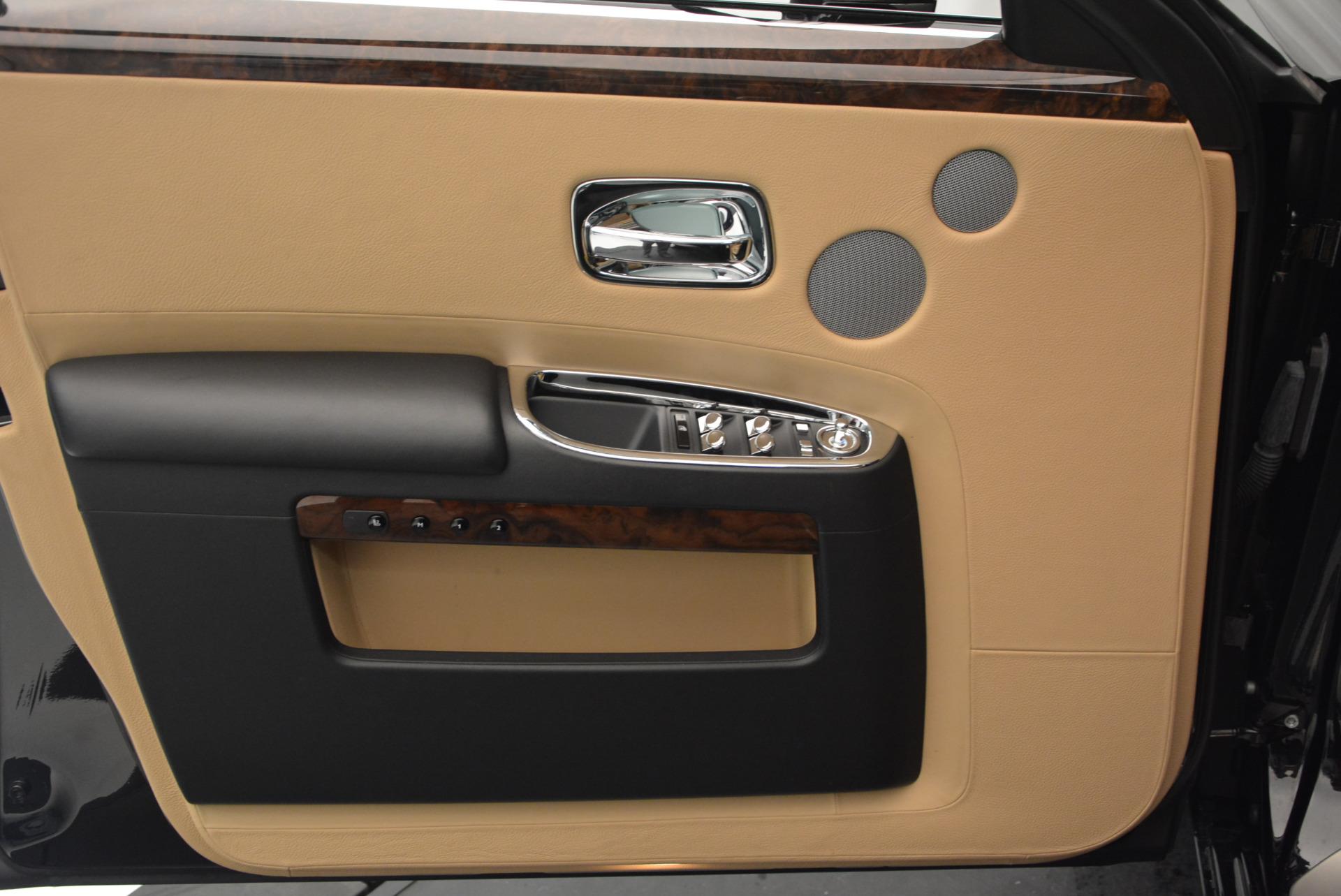 Used 2011 Rolls-Royce Ghost  For Sale In Westport, CT 648_p18
