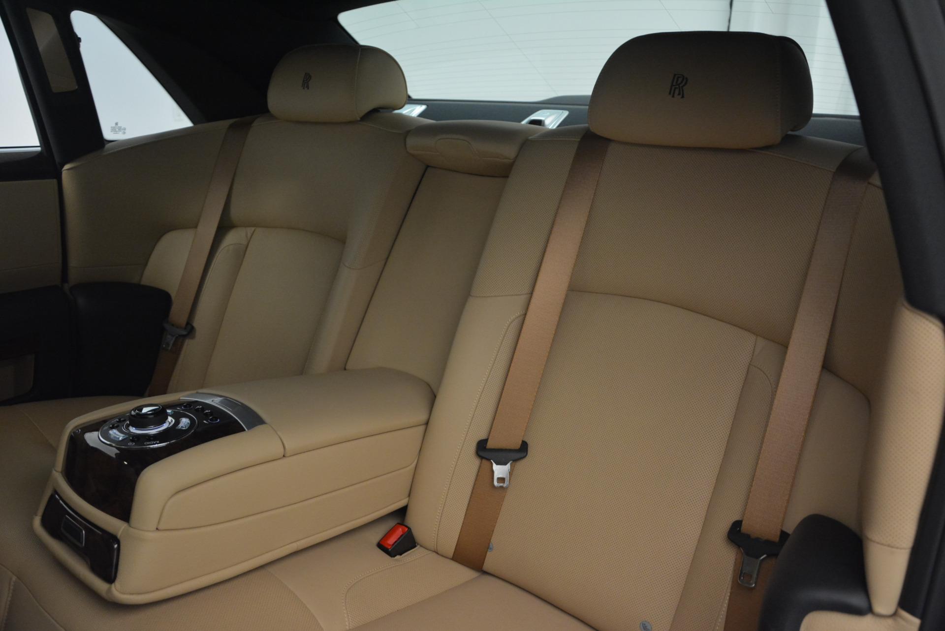 Used 2011 Rolls-Royce Ghost  For Sale In Westport, CT 648_p22