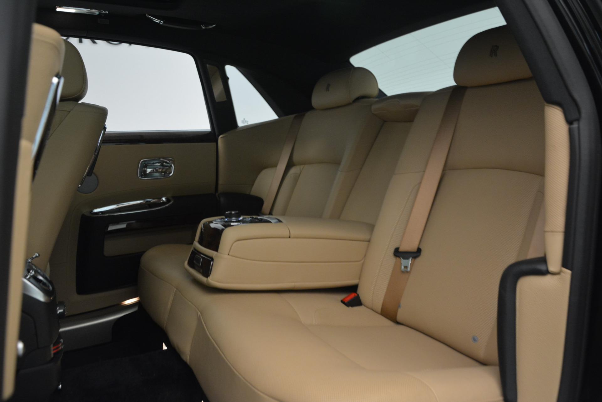 Used 2011 Rolls-Royce Ghost  For Sale In Westport, CT 648_p23