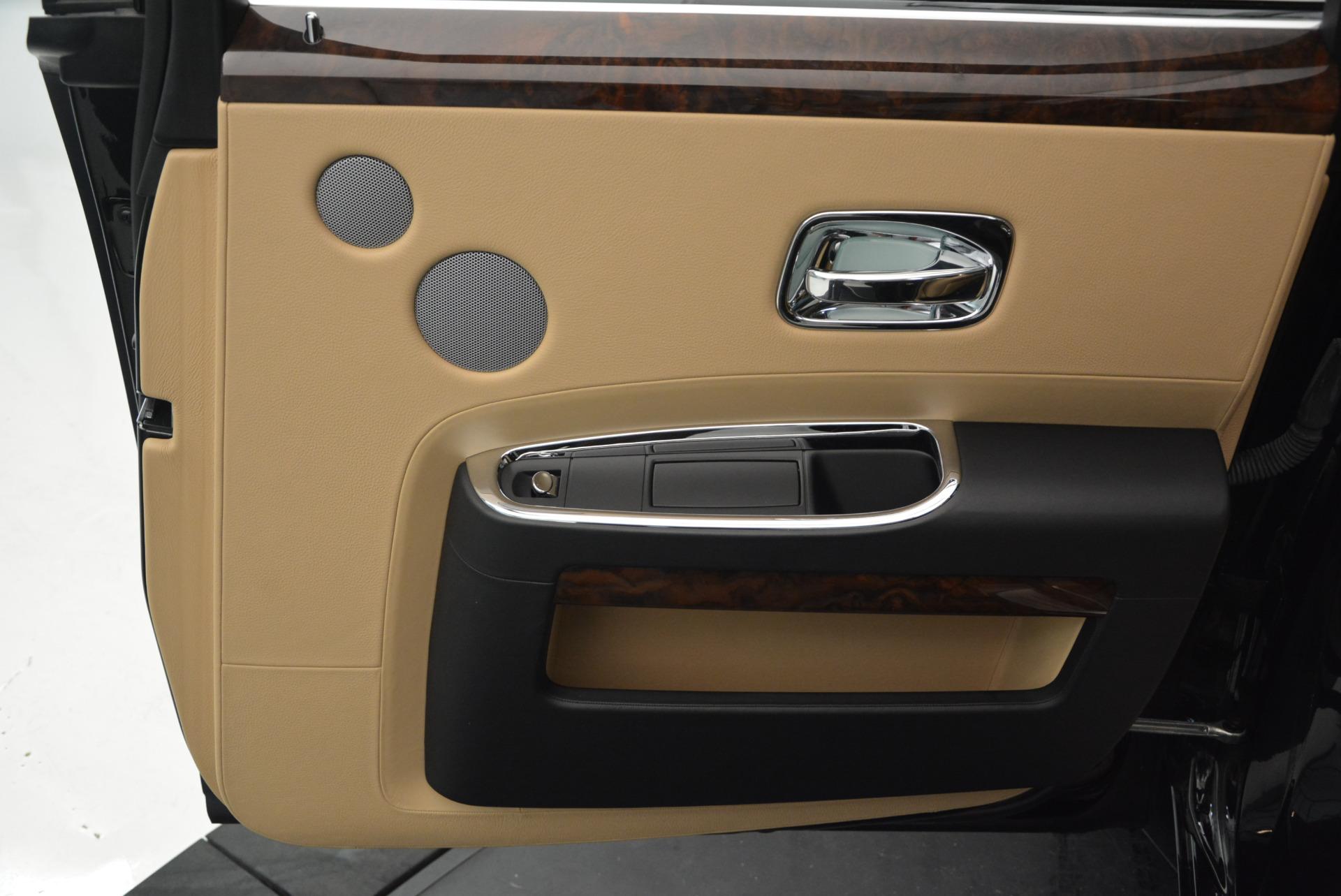 Used 2011 Rolls-Royce Ghost  For Sale In Westport, CT 648_p30