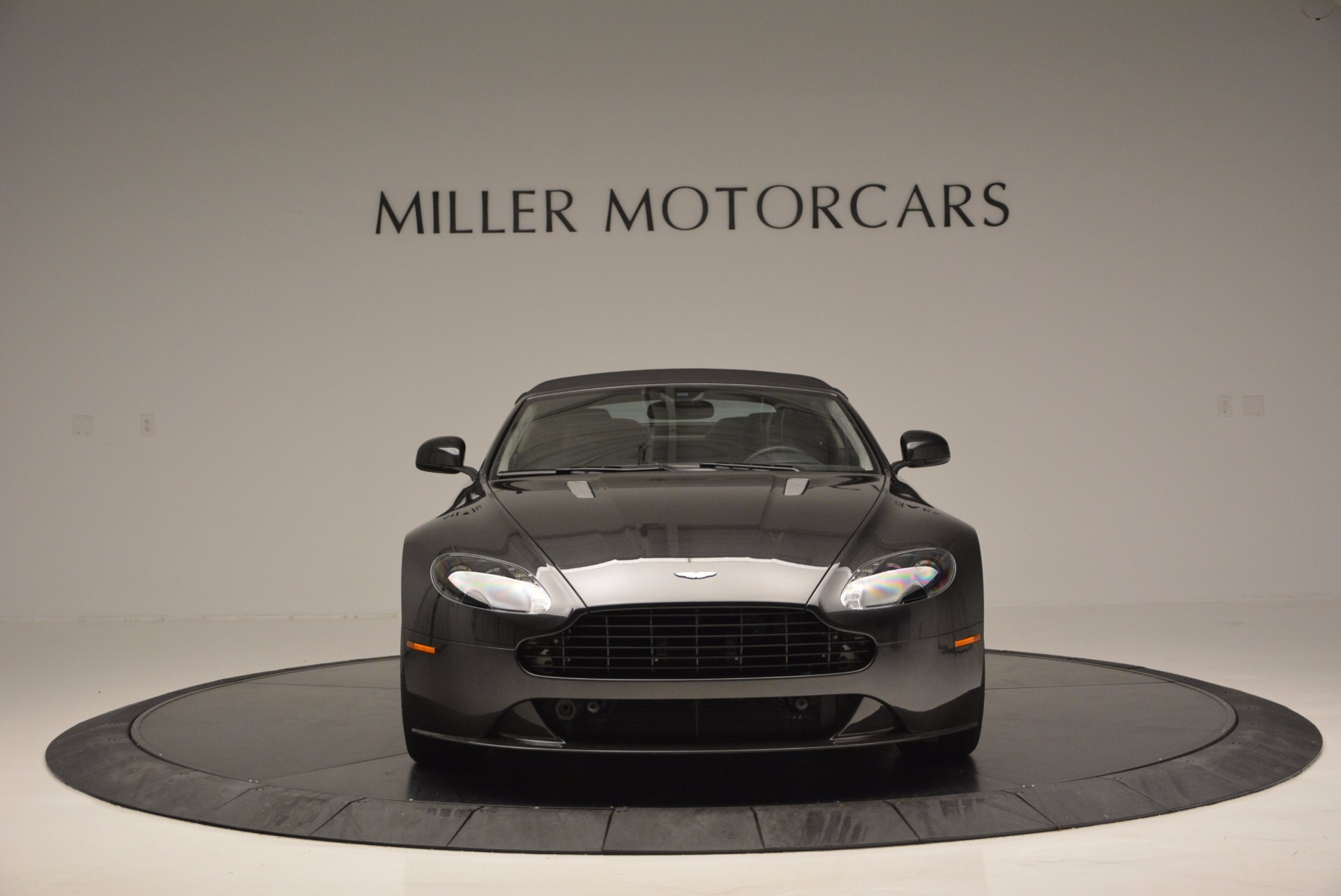 Used 2016 Aston Martin V8 Vantage S Roadster For Sale In Westport, CT 652_p24