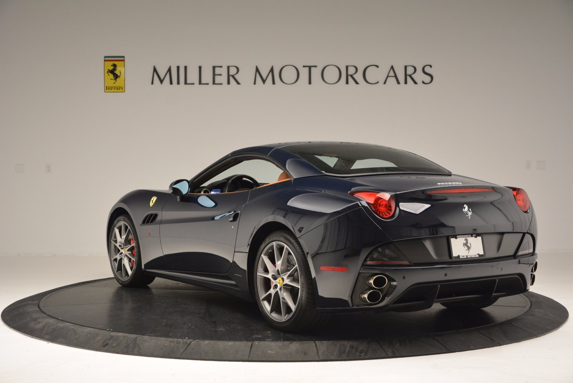 Used 2010 Ferrari California  For Sale In Westport, CT 659_p17