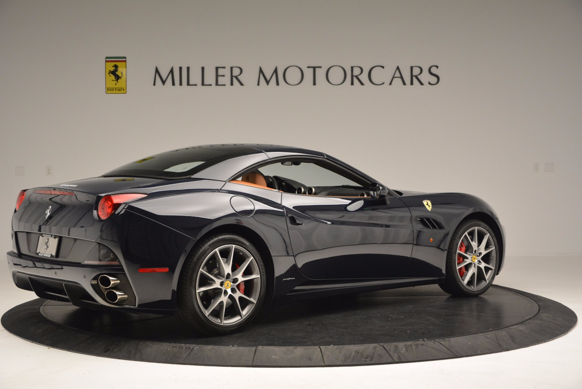 Used 2010 Ferrari California  For Sale In Westport, CT 659_p20