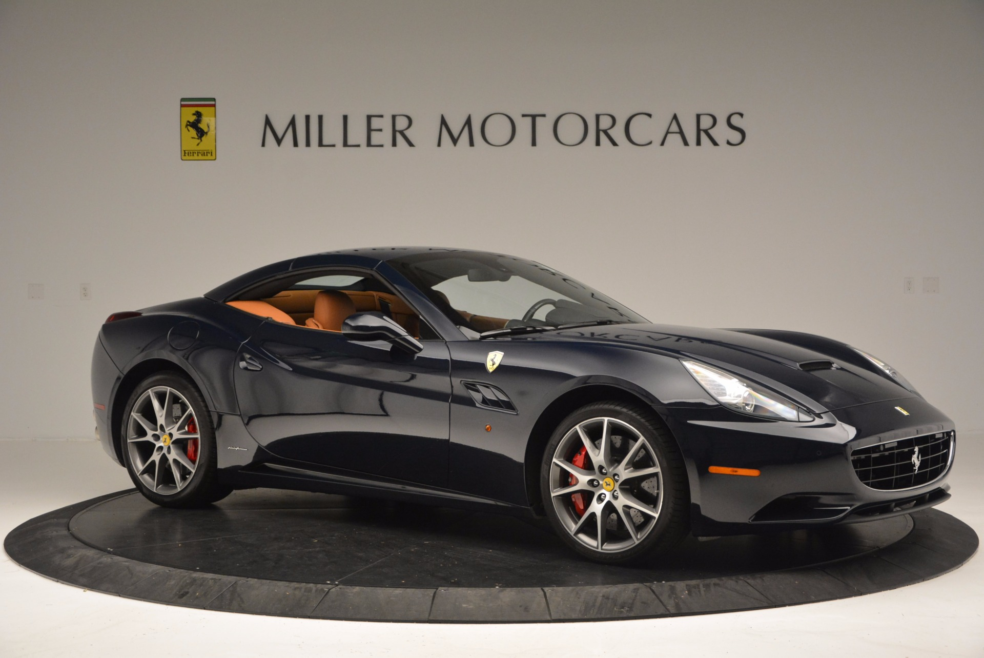 Used 2010 Ferrari California  For Sale In Westport, CT 659_p22