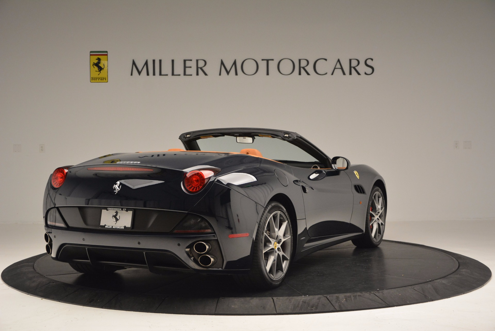 Used 2010 Ferrari California  For Sale In Westport, CT 659_p7