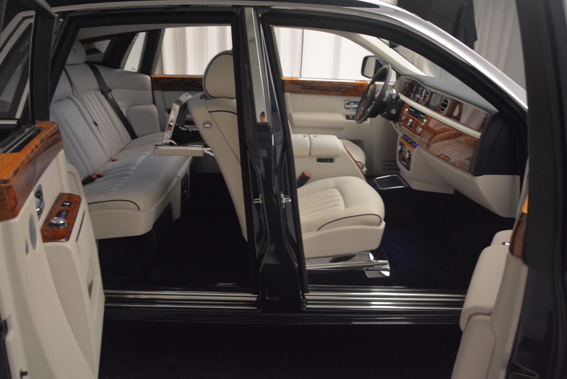 Used 2011 Rolls-Royce Phantom  For Sale In Westport, CT 661_p18