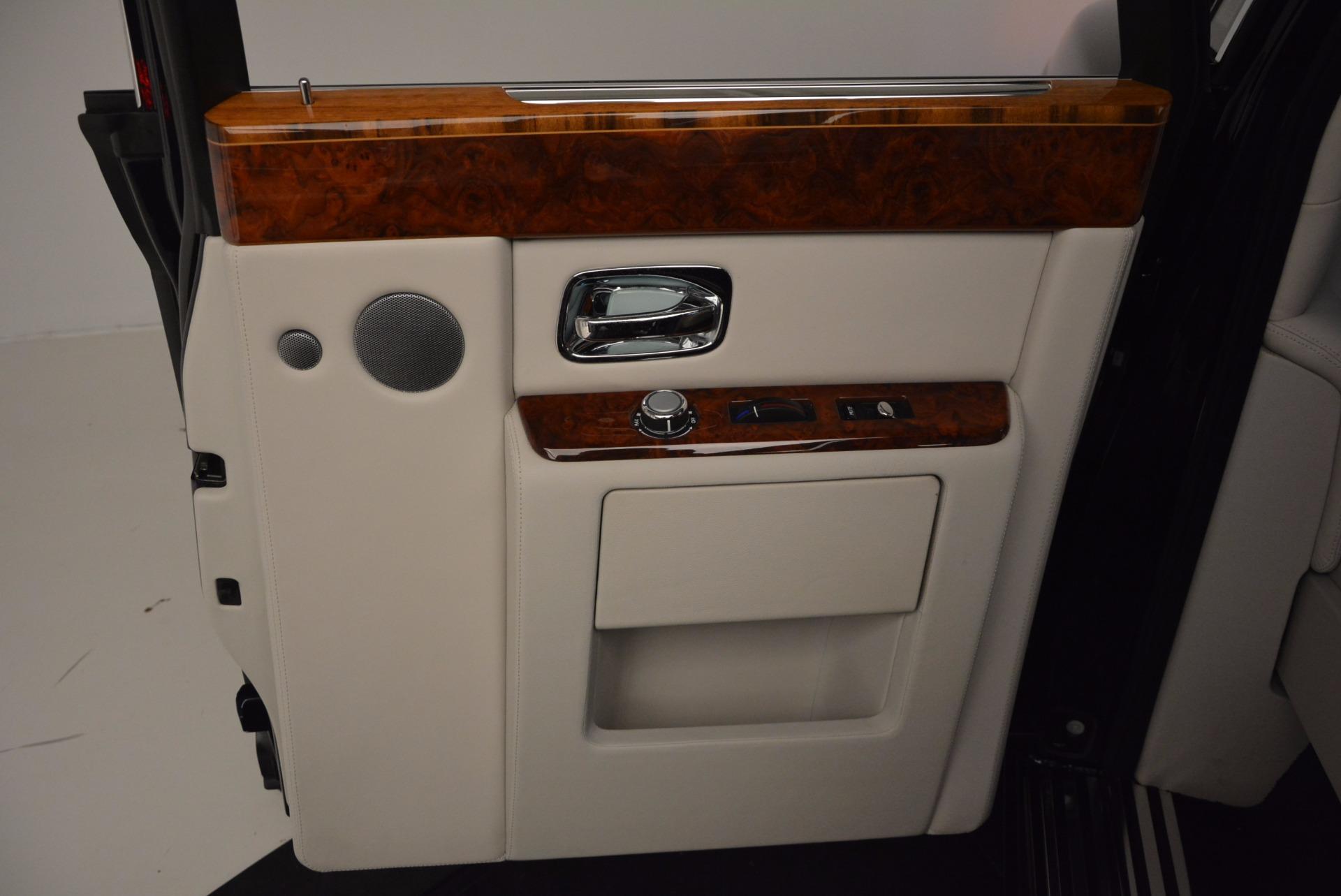 Used 2011 Rolls-Royce Phantom  For Sale In Westport, CT 661_p19