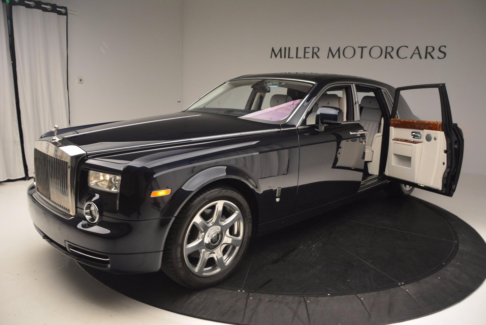 Used 2011 Rolls-Royce Phantom  For Sale In Westport, CT 661_p4