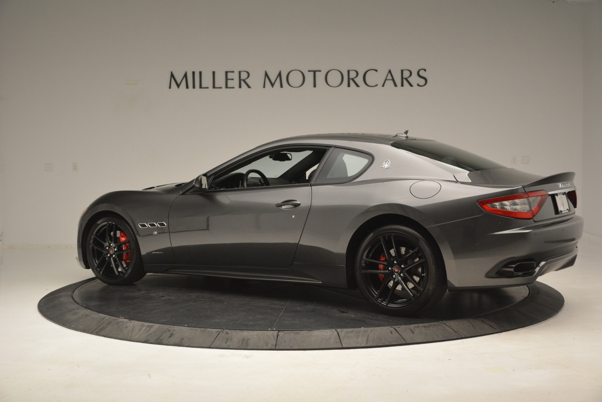 Used 2017 Maserati GranTurismo GT Sport Special Edition For Sale In Westport, CT 665_p4