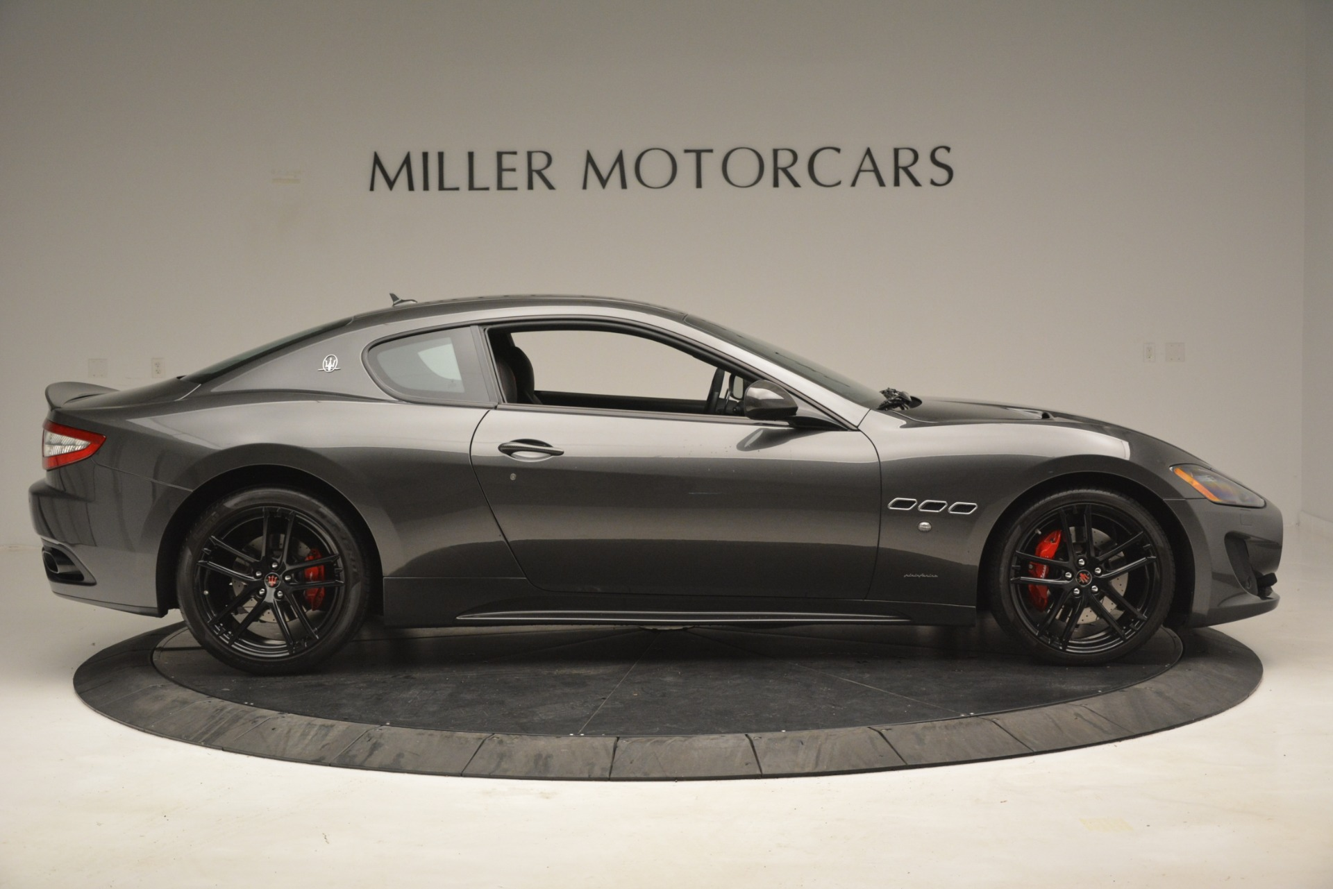 Used 2017 Maserati GranTurismo GT Sport Special Edition For Sale In Westport, CT 665_p9
