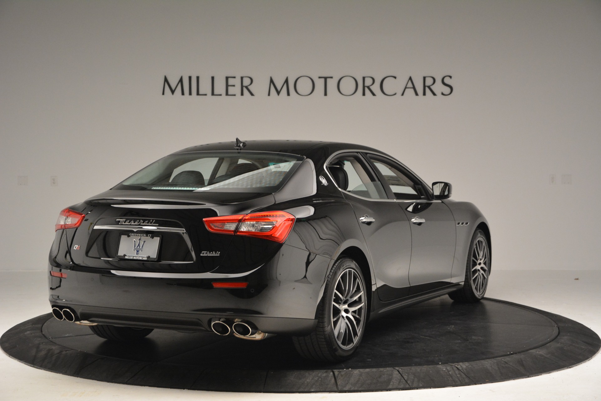 Used 2016 Maserati Ghibli S Q4  EX-LOANER For Sale In Westport, CT 667_p7