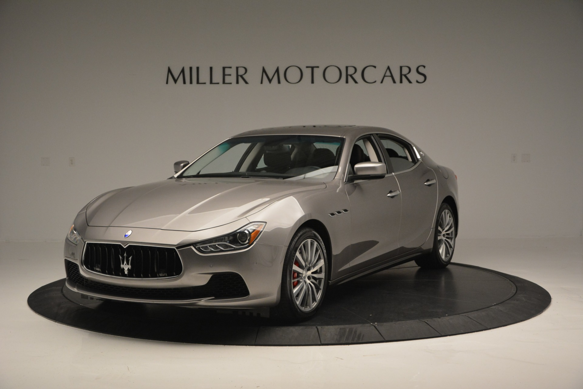 Used 2016 Maserati Ghibli S Q4  EX- LOANER For Sale In Westport, CT 668_main