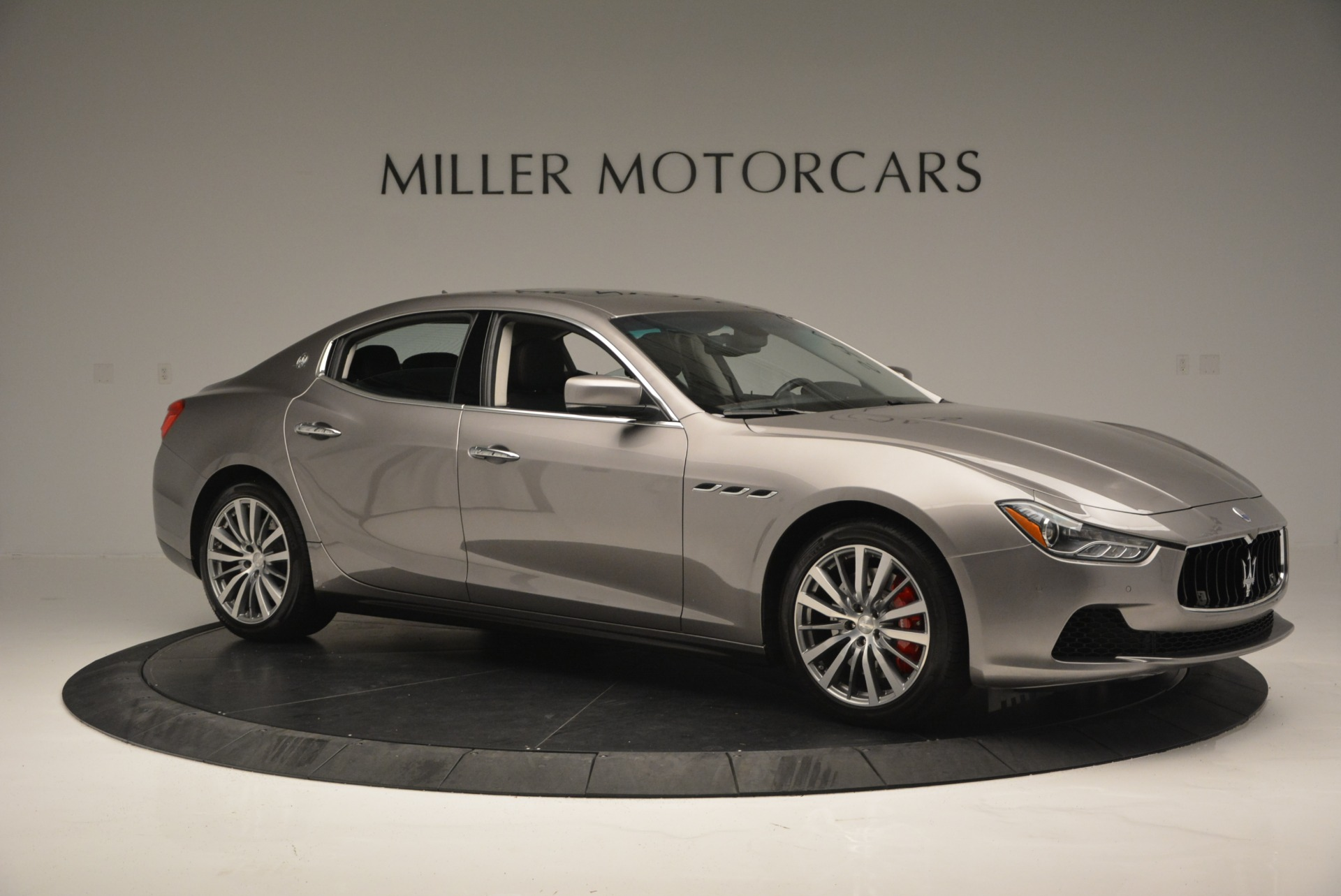 Used 2016 Maserati Ghibli S Q4  EX- LOANER For Sale In Westport, CT 668_p10
