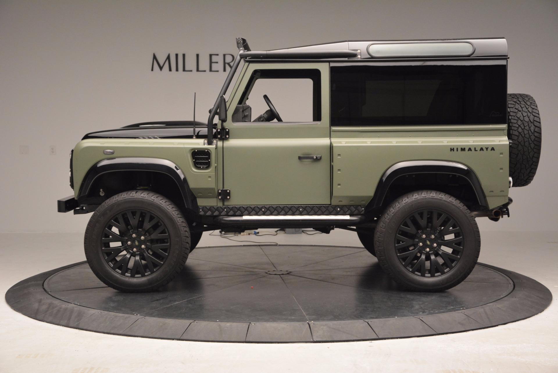 Used 1997 Land Rover Defender 90 For Sale In Westport, CT 670_p3