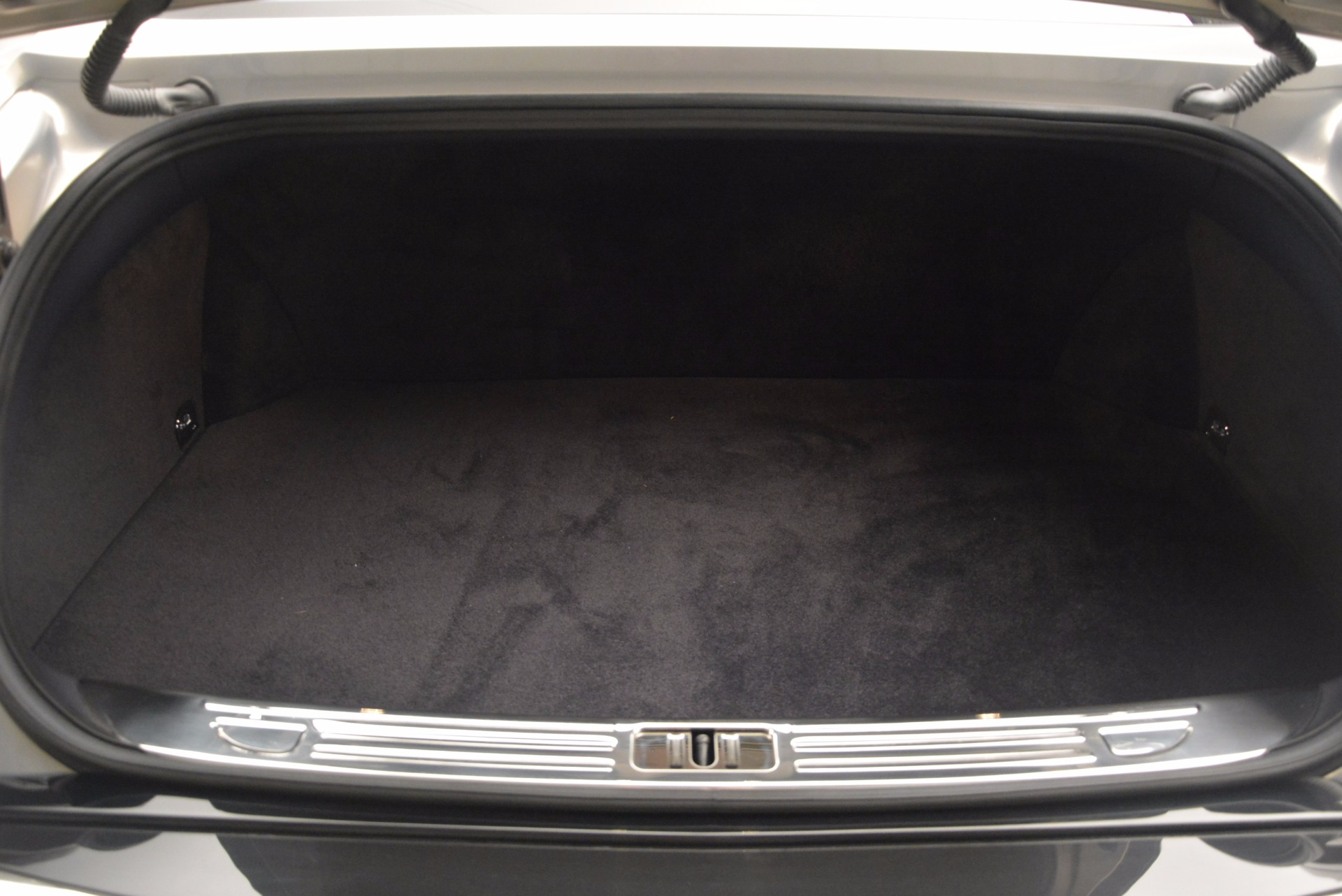 Used 2016 Bentley Mulsanne Speed For Sale In Westport, CT 671_p52