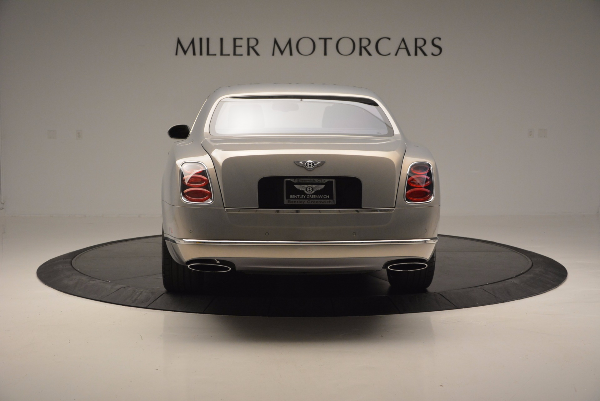 Used 2016 Bentley Mulsanne Speed For Sale In Westport, CT 671_p7