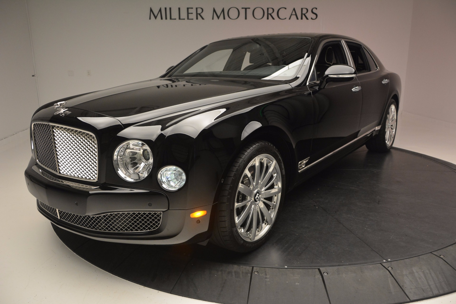 Used 2016 Bentley Mulsanne  For Sale In Westport, CT 672_p20