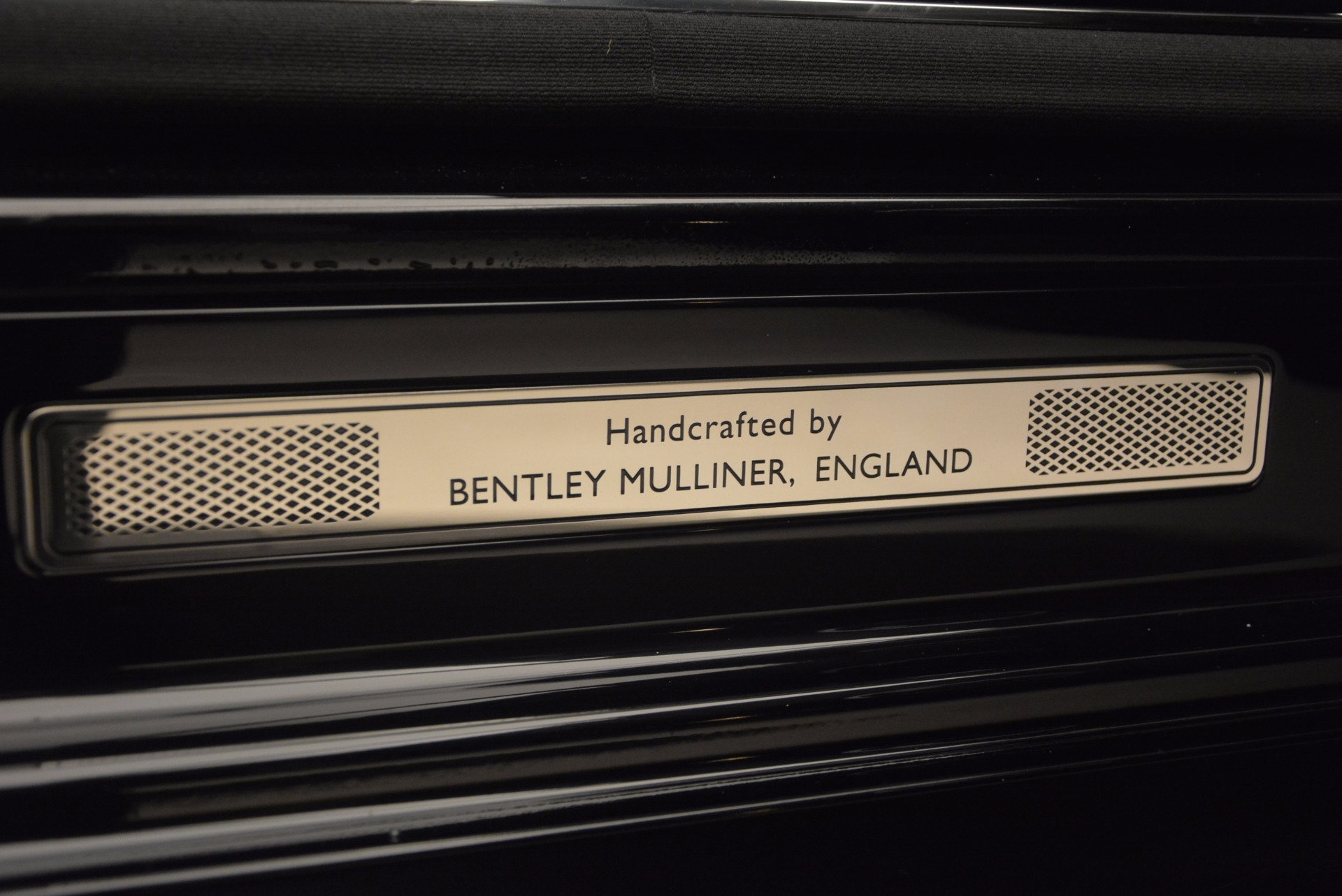 Used 2016 Bentley Mulsanne  For Sale In Westport, CT 672_p46